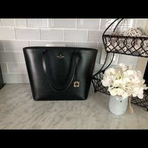 Kate Spade New York Haven Street Max Tote